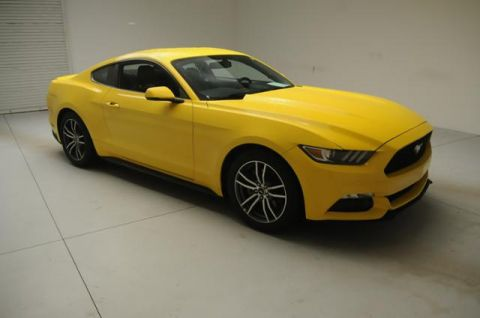 Pre-Owned 2017 Ford Mustang   2dr Car