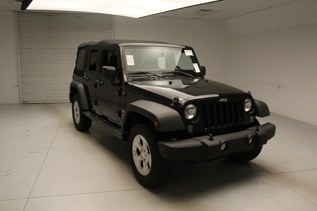Pre-Owned 2014 Jeep Wrangler